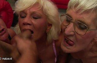 Horny Latin filma porno gratuit Babe se baise dehors au soleil!
