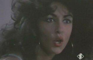 Allinternal Sofi Goldfinger film x allemand gratuit obtient un creampie anal de deux mecs