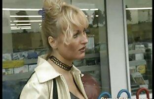 La jolie Leslie Sierra chevauche et suce un film x gratuit entier gros poteau