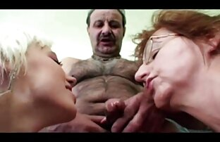 Plantureuse Makayla se f porno gratuit masturbe sa chatte huilée
