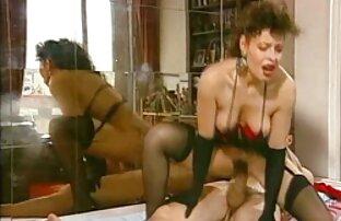 Yurika Momo aime le sexe après une pipe sauvage regarder un film gratuitement x