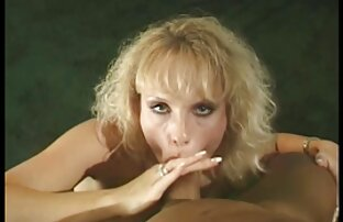 Deux filles sexy jouant dans la clara morgane film porno gratuit baignoire